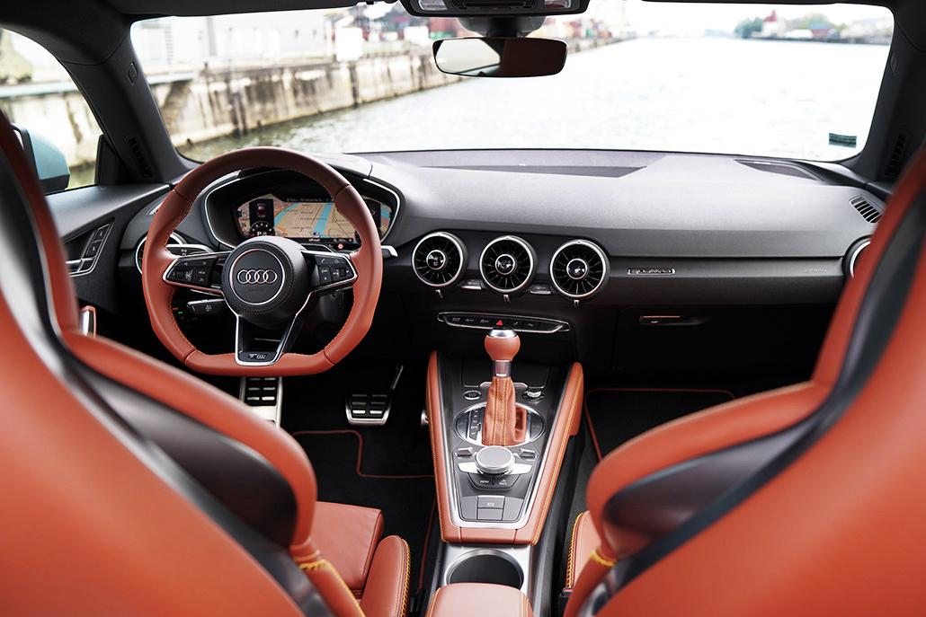 Forêt Audi 20 En Years Noire Tt 92IDHEW